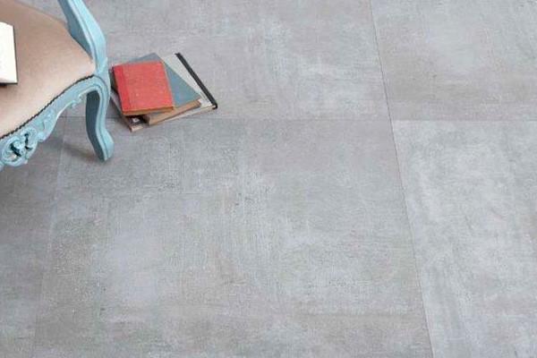 Фото интерьера с керамогранитом под бетон Seranit
